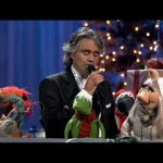 Video: Andrea Bocelli & David Foster - Jingle Bells (featuring The Muppets)
